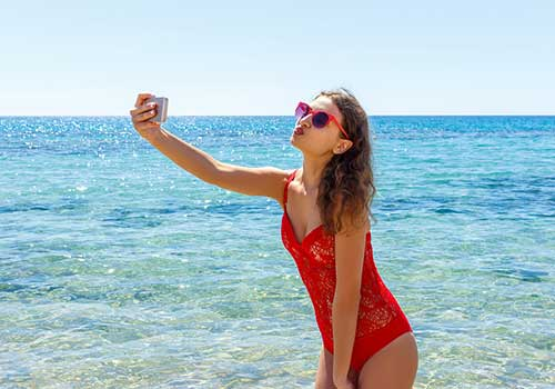 Selfie-pictures-on-the-beach